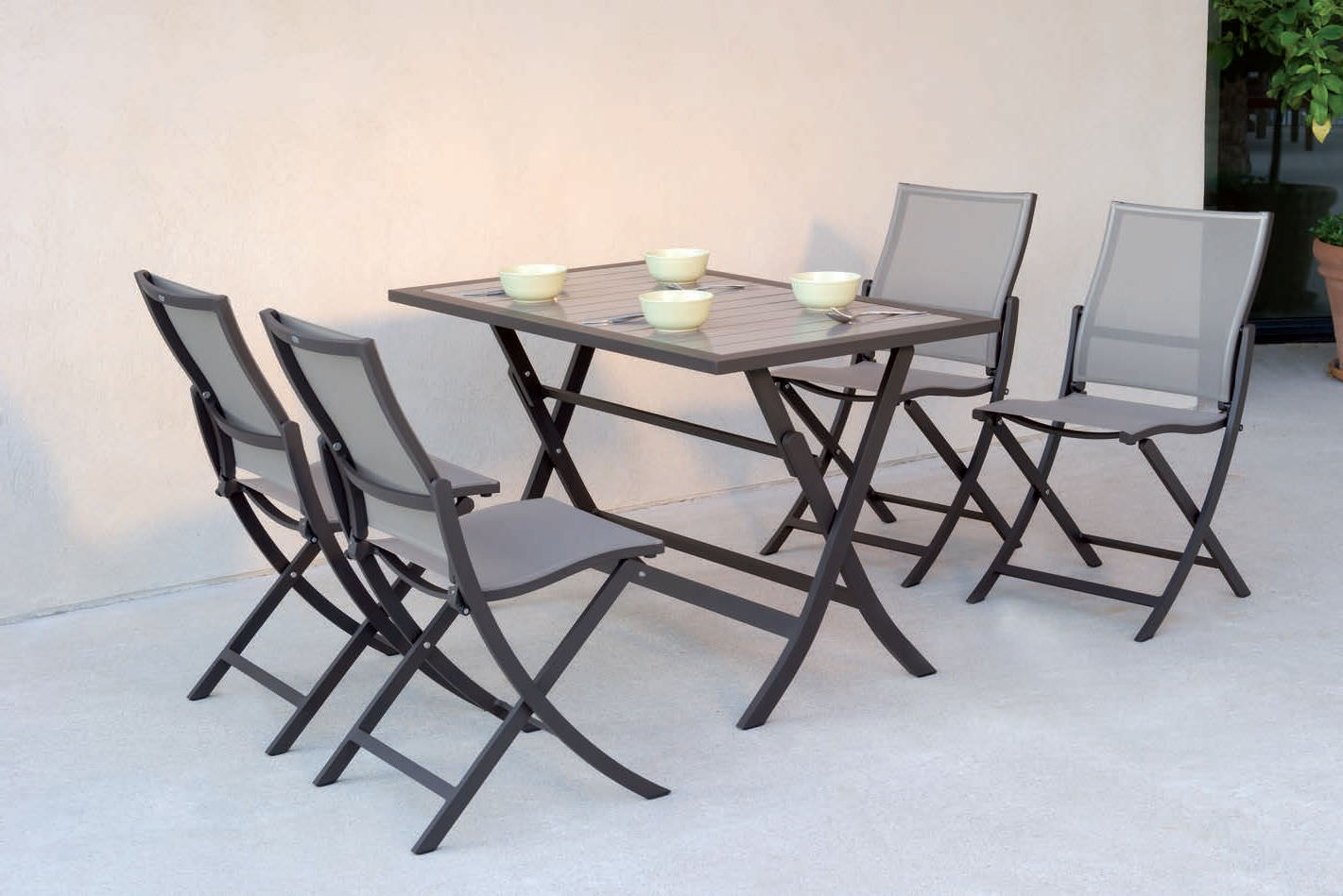 Best table de jardin pliante en verre gallery awesome for Table ronde verre extensible