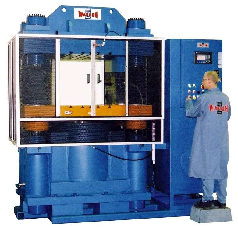 Hydraulic press / compression 1 000 t